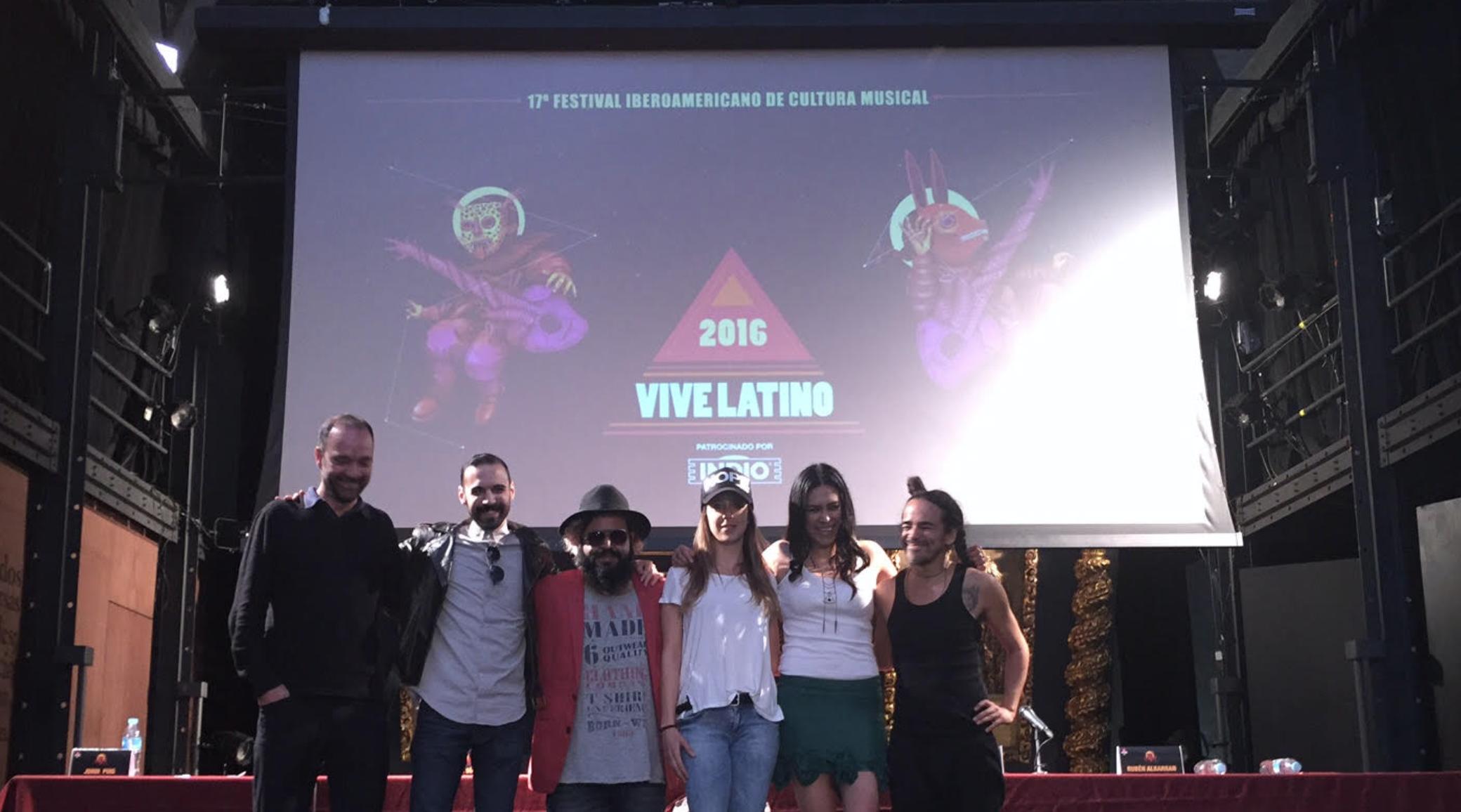 vive latino - clan de clanes - casa comedy - radioalternativo - 2016 - RA - vl16